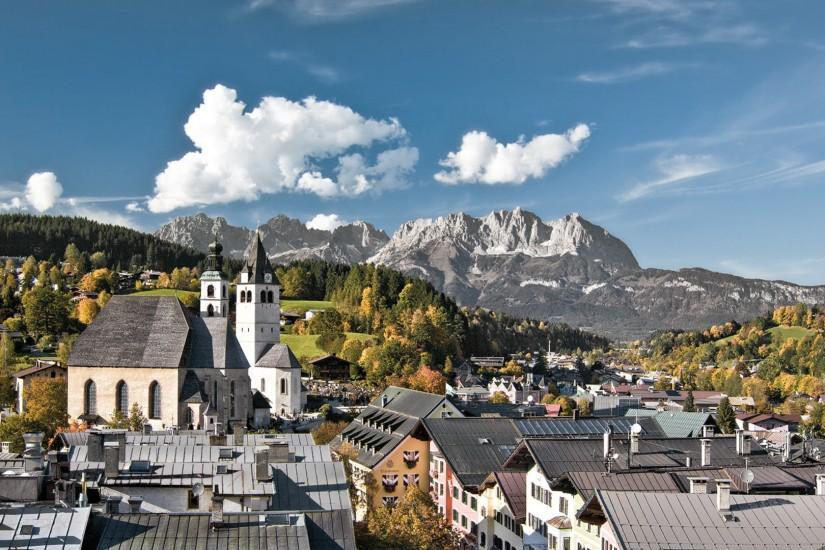 Kitzbühel, die Sportstadt Nummer eins im Herzen der Alpen, vereint Tradition und Lifestyle so charmant wie keine andere Stadt.