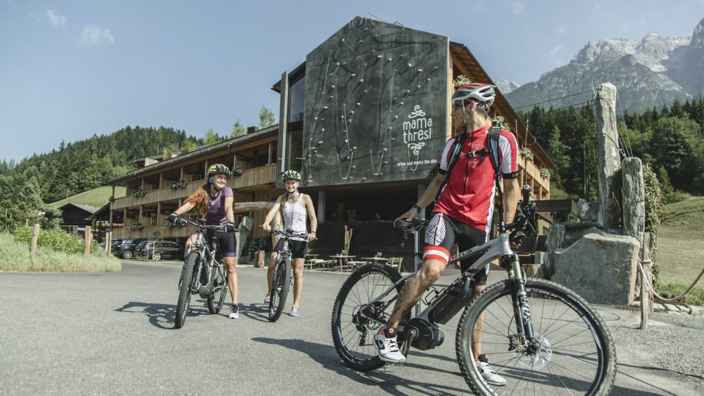 Mountain Bike Hotel Austria: mama thresl is ahead of the pack