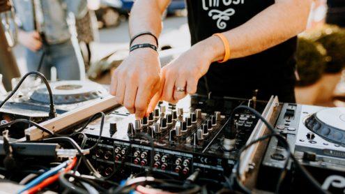 DJ mama thresl